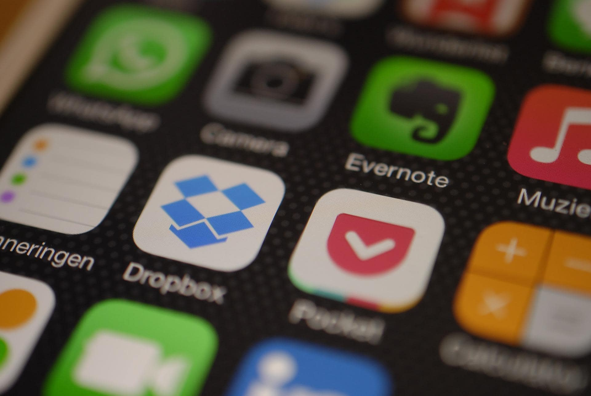 dropbox freemium business model
